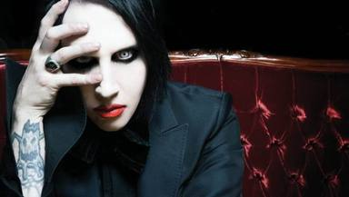 Marilyn Manson llega a un acuerdo para entregarse a la policía por sus acusaciones de 2019
