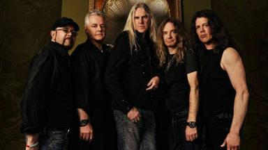 Los miembros de Saxon nos dejan de piedra con su última versión de Deep Purple