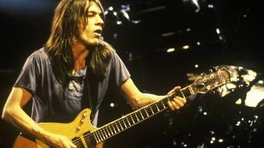 "El ingeniero de AC/DC afirma que escuchó al ""fantasma"" de Malcolm Young"
