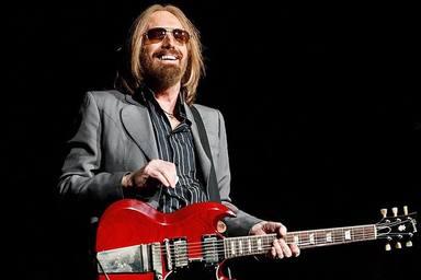 Escucha cuatro canciones inéditas de Tom Petty, parte de la reedición de 'Angel Dream'
