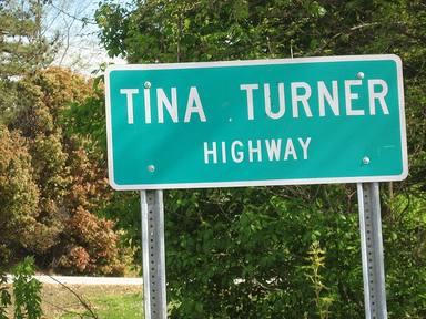 La autopista Tina Turner cumple 17 años