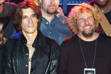 "Joe Perry (Aerosmith) : ""Casi reemplazamos a Steven Tyler con Sammy Hagar"""