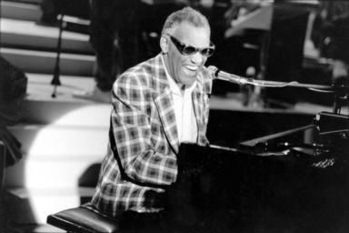 Ray Charles: el padre del Soul con las partituras en braille