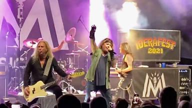 Vince Neil (Mötley Crüe) regresa a los escenarios después de su desastrosa puesta en escena hace meses