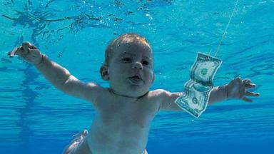 """La insólita peitición del bebé de 'Nevermind' para la reedición del disco: """"No quiere que todos lo vean"""""""