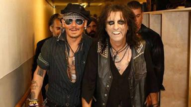 """Alice Cooper habla sobre el talento de Johnny Depp: """"Fue guitarrista antes que actor"""""""