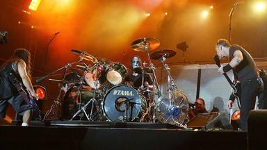 Cómo Joey Jordison salvó a Metallica en uno de los conciertos más difíciles de su historia