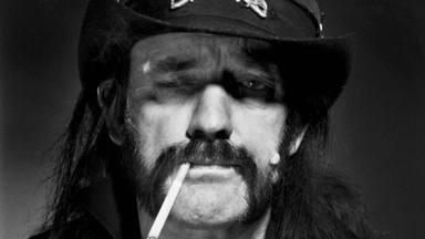 "Unas velas aromáticas que ""huelen como Lemmy Kilmister (Motörhead)"" salen a la venta"