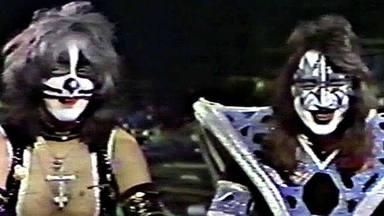 Ace Freheley recuerda cómo avergonzó a Kiss en la infame entrevista que hizo borracho