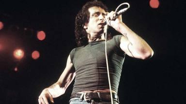 La grandiosa última actuación de Bon Scott con los míticos AC/DC y que recibió un gran 'Aplauso'