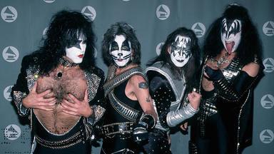 ¿Permitirá Paul Stanley que los miembros originales de Kiss regresen una última vez?