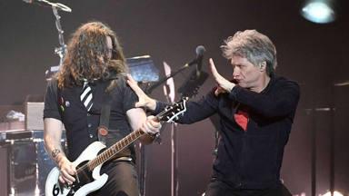El guitarrista de Bon Jovi, Phil X, devela el motivo por el que los músicos de sesión ya no ganan dinero