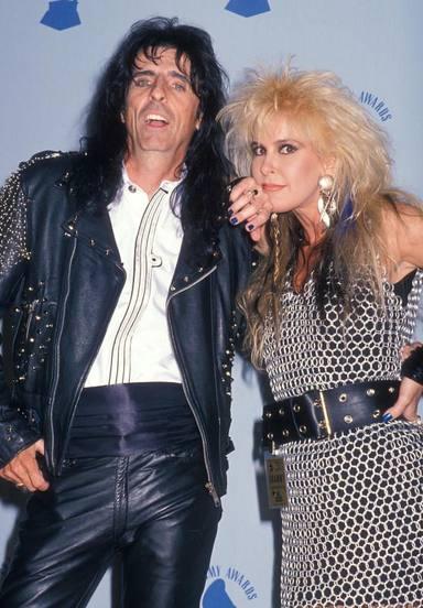 Alice Cooper y Lita Ford en los Grammys de 1989