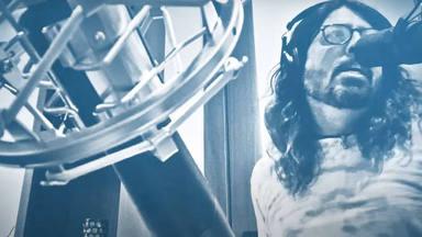"""Escucha a Dave Grohl (Foo Fighters) haciendo un potente versión del """"Sabotage"""" de Beastie Boys"""