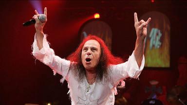 """Ronnie James Dio popularizó el gesto de """"los cueros del heavy metal"""" gracias a su abuela"""