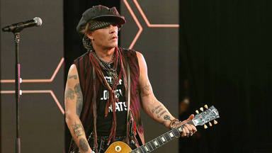 "El ""fotógrafo del rock"" sale en defensa de Johnny Depp tras su derrota legal: ""No es un maltratador"""