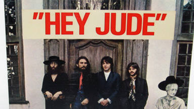 The Beatles posando en 1968