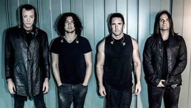 Nine Inch Nails coge sus planes arruinados y los convierte en una forma de luchar contra el coronavirus