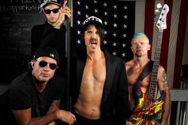 El nuevo disco de Red Hot Chili Peppers parece estar cada vez más cerca