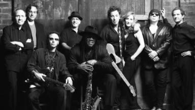Springsteen, reivindicativo incluso para celebrar la vuelta con la E Street Band