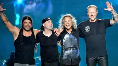 Metallica se prepara para ganar una fiera batalla... contra Katy Perry
