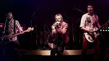 """Johnny Rotten, furioso con la """"irrespetuosa"""" serie de Sex Pistols"""