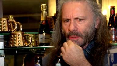 "¿Sabes cuántas cervezas ""Trooper"" ha conseguido vender Iron Maiden?"