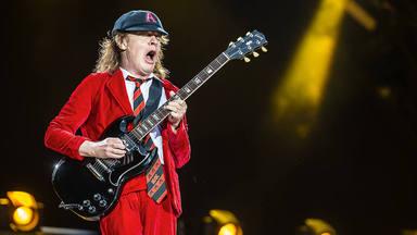 """Angus Young (AC/DC): """"Desearía que cada uno de mis discos tuviera diez 'Whole Lotta Rosie'"""""""