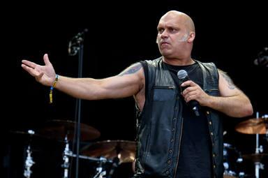 """Blaze Bayley (ex-Iron Maiden) desvela cómo superó que su familia le dijera """"que nunca sería cantante"""""""
