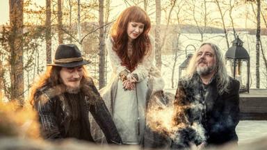 """Auri, el proyecto paralelo de Nightwish, lanza el single """"The Valley"""""""