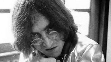 "Ray Davies recuerda cómo The Kinks le ""callaron la boca"" a John Lennon (The Beatles) tras ""hacelres bullying"""