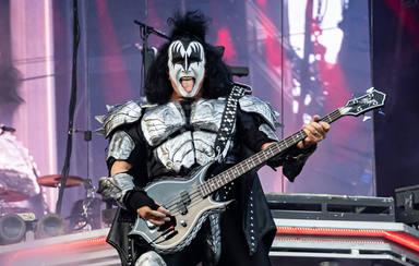 """Gene Simmons desvela los motivos por los que Kiss """"colgarán las botas"""""""