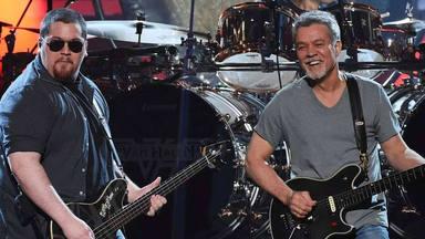 """El hijo de Van Halen explota contra un """"sucio rumor"""" que está """"haciendo daño a su familia"""""""