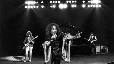 """""""Rainbow In The Dark"""": la historia detrás de la canción que Dio odiaba"""
