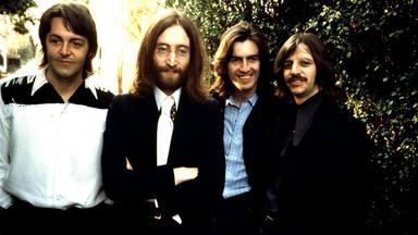 """La decepción de Elvis por la separación de The Beatles: """"Quería contratarles y que tocaran para mí"""""""