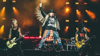 """Ya puedes escuchar la """"nueva canción"""" de Guns N' Roses: """"Absurd"""""""