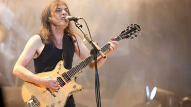 """El divertido motivo por el que Malcolm Young pensaba que AC/DC """"mandaba a sus fans"""" hacia Pink Floyd"""