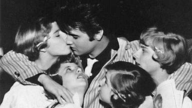 ftr-Elvis Let's play baby 043.tif