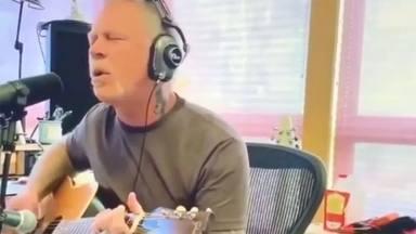 """VÍDEO: Así es la imponente versión acústica de """"Turn the Page"""" (Bob Seger) que se ha marcado James Hetfield"""
