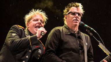 The Offspring tocará algunos de sus grandes éxitos mientras pilotan su avión privado