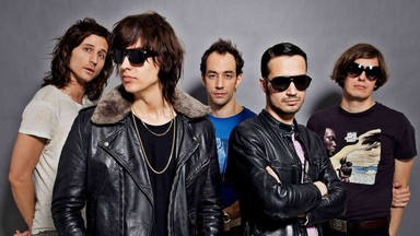 ctv-je7-the-strokes