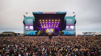 ¿Es seguro volver a los festivales de música? Este evento se saldó con 5000 contagios de COVID