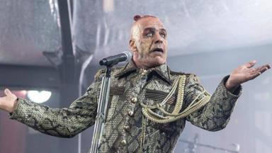 Los metaleros Rammstein fichan por la moda española 'Balenciaga'