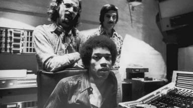 ¿Cómo se llevaban Jimi Hendrix y The Rolling Stones? Esta es la historia detrás de su fotografía más famosa