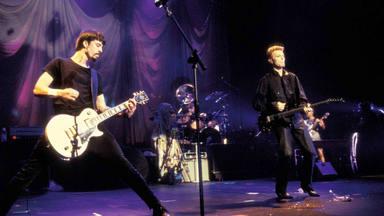 """""""Ya no me quedan más cumpleaños"""": Dave Grohl y el doloroso último adiós de David Bowie"""