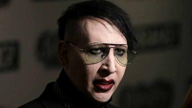 """La última de Marilyn Manson: afirma que la operadora de cámara que le denuncia """"consintió"""" su disparo de mocos"""