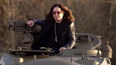 """El lado más escalofriante de Ozzy Osbourne: """"Da miedo verle con dos pistolas de aire comprimido"""""""
