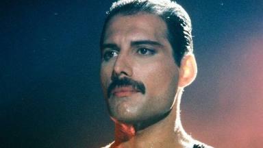 El sorprendente motivo por el que Freddie Mercury (Queen) obligaba a todo el mundo a ver vídeos de Prince