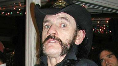 El ex-mánager de Guns N' Roses recuerda cómo se sintió cuando Lemmy le ofreció drogarse con él