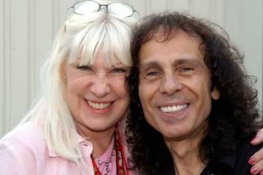 Así conquistó Ronnie James Dio a su mujer Wendy